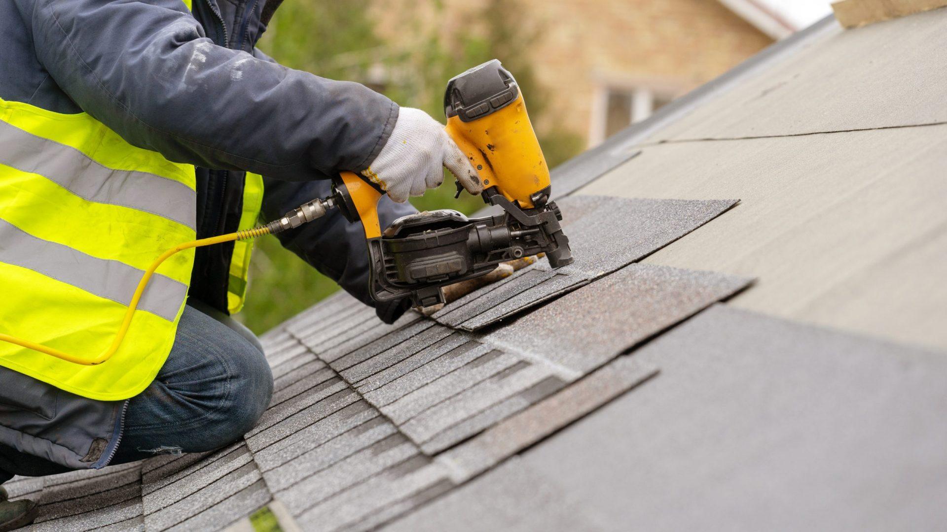 Multi Concurrent dakdekker aan het werk